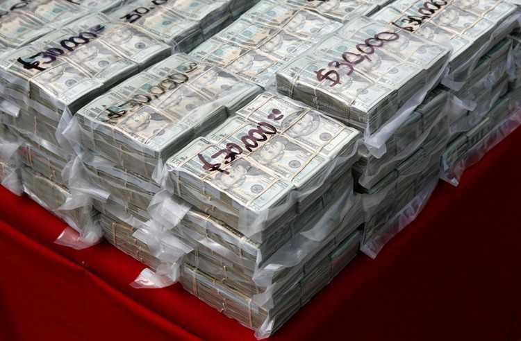 5000000 dollaria ruplaina