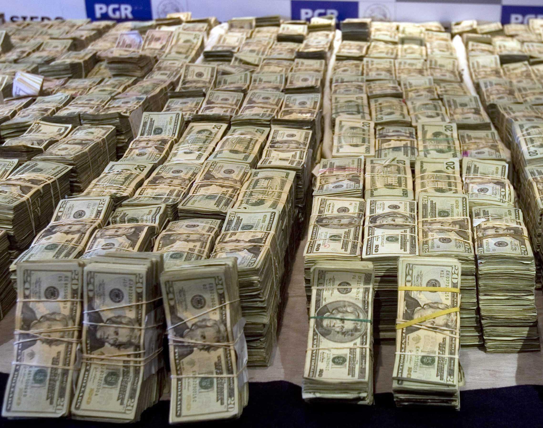 1500 dollar (usd) i russiske rubler (gni)