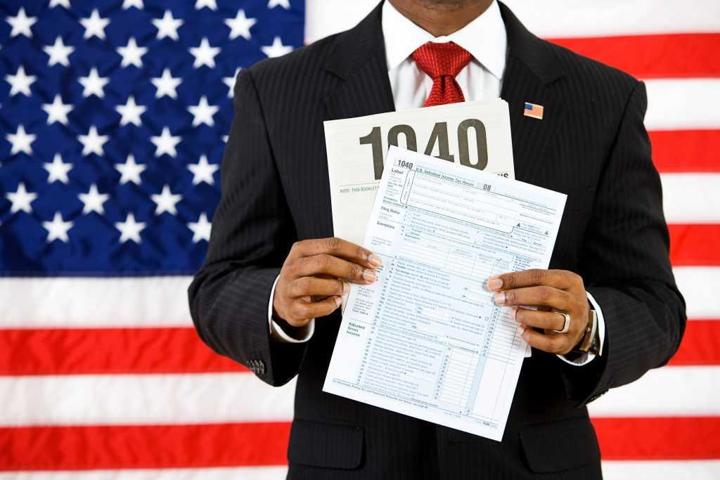 Amerykańskie podatki dochodowe dla osób fizycznych. osoby. podatek dochodowy - imigrant dziś