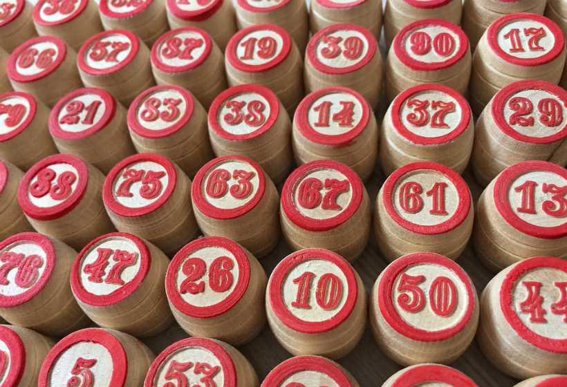 Il paradosso della lotteria, o un programma per la selezione dei numeri. generatore di numeri casuali della lotteria generatore di numeri del lotto 5 di 36