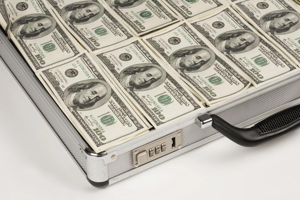 1000000 dollars (USD) en roubles (frotter) pour aujourd'hui, combien coûte 1000000 1 dollar américain en roubles russes