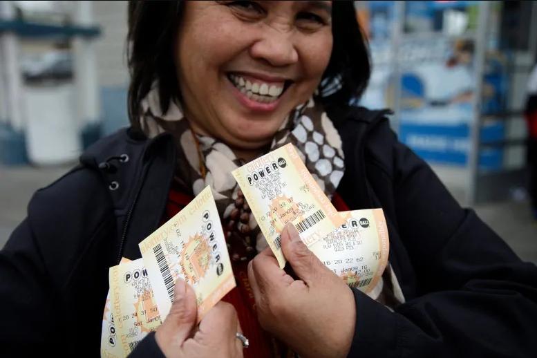 Spansk lotteri la primitiva (6 из 49 + 1 av 10)