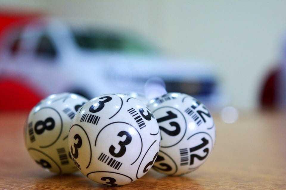 Английская лотерея thunderball (5 из 39 + 1 из 14)