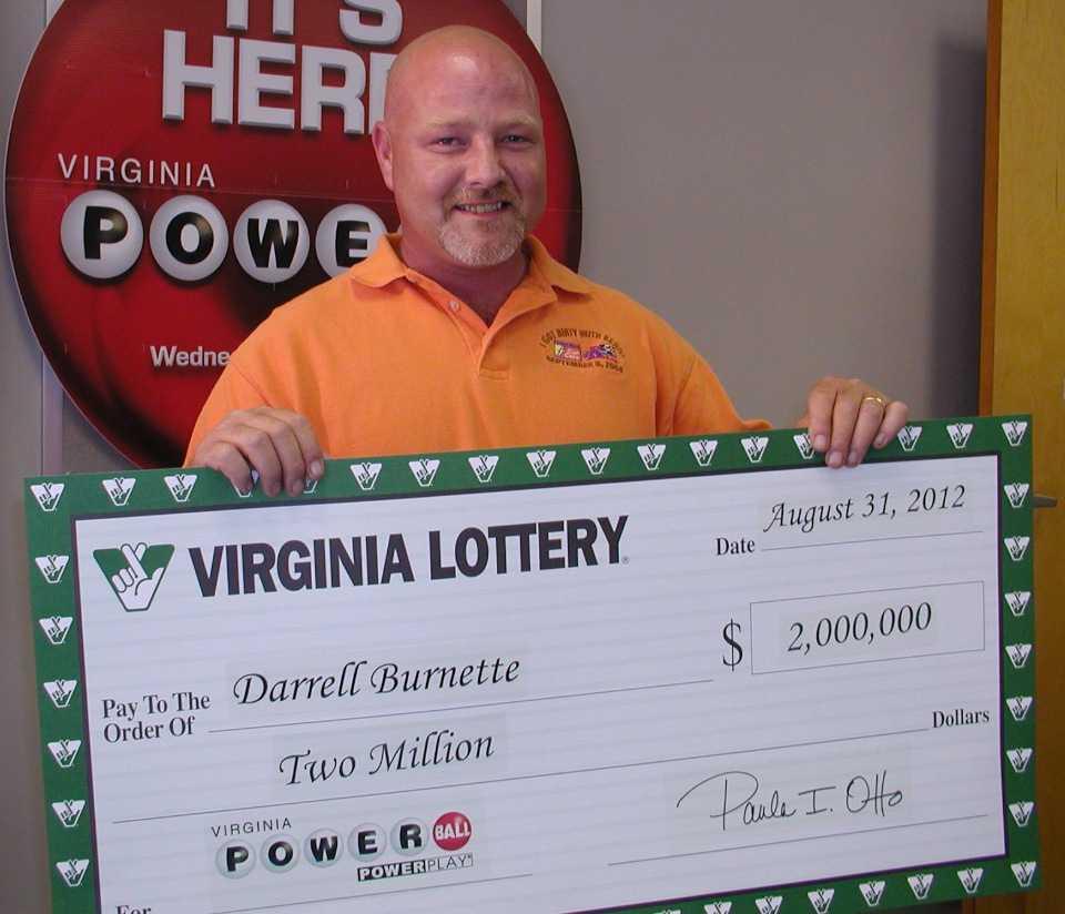 Топ-10 невероятных историй людей, выигравших в лотерею :: инфониак